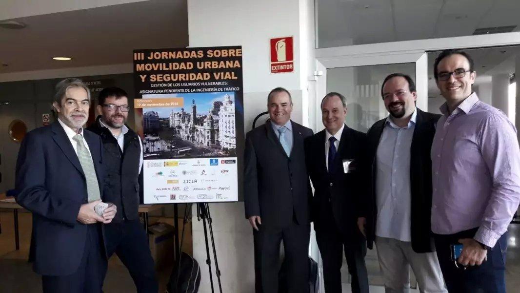 Equipo TESC, presentacion III Jornadas Movilidad Urbana. Valencia 17/11/2016. Busmatick, Almex, Pay-in.